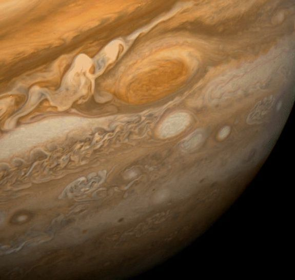 Jupiter as seen by Voyager 1, with Great Red Spot