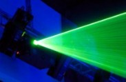 Beam Me Up: 'Tractor Beams' of Light Pull Small Objects Towards Them
